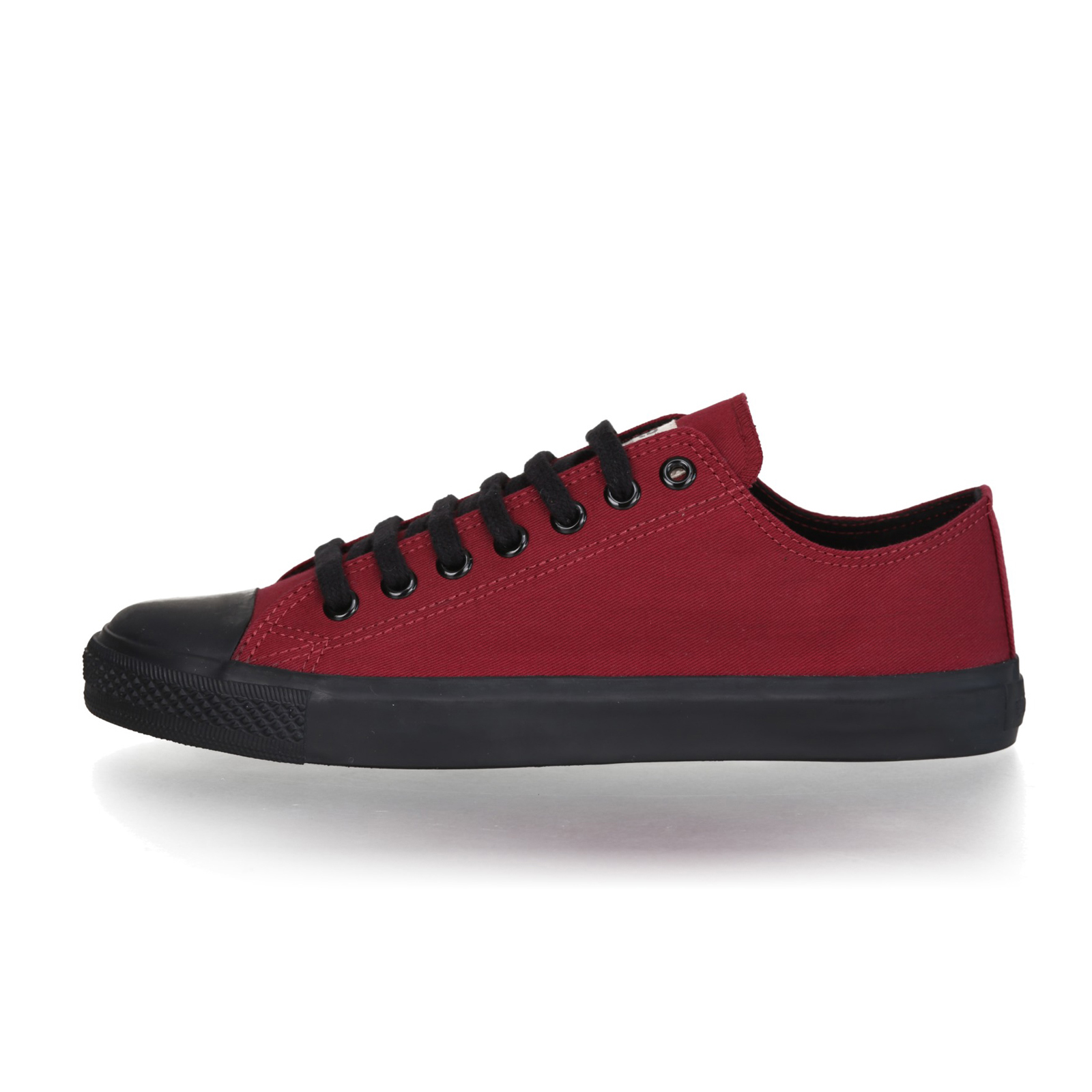 FAIR TRAINER BLACK LoCut 18 | True Blood