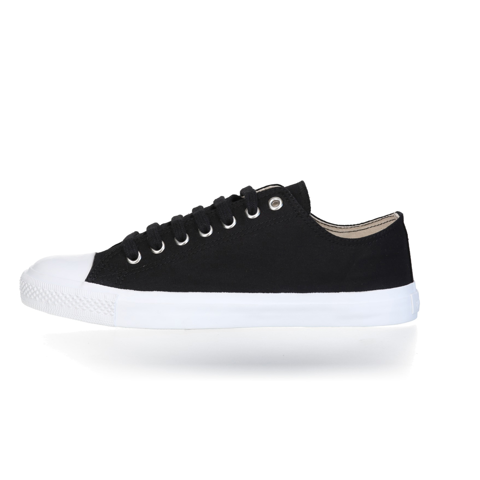 FAIR TRAINER White LoCut 18 | Jet Black