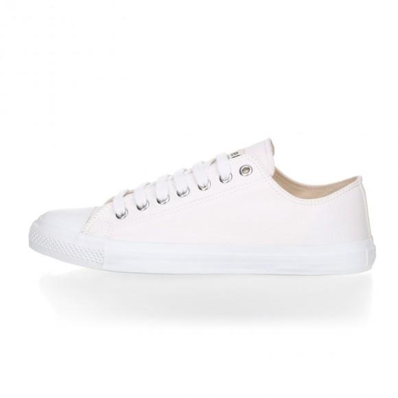 FAIR TRAINER White LoCut 18 | Just White